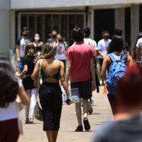 Estudantes de todo Brasil, fazem o segundo dia de prova do Enem (Exame Nacional do Ensino Médio