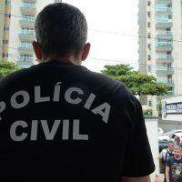 Vitória/ES - Polícia Civil do Espírito Santo faz paralização até a meia noite de hoje(8) em protesto ao assassinato de um investigador em Colatina e às más condições de trabalho. (Tânia Rêgo/Agência Brasil)
